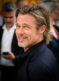 hollywood actor Brad Pitt, Leonardo DiCaprio and Margot Robbie attended the UK premiere Hollywood Glamour, Old Hollywood Stars, Hollywood Undead, Hollywood Walk Of Fame, Hollywood Fashion, Hollywood Actor, Hollywood Celebrities, Hollywood Actresses, Classic Hollywood