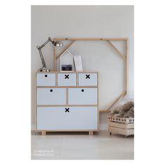 Szarości we wnętrzach Shelving, Holiday Decor, Interior, Room, Crafts, Design, Home Decor, Style, Shelves