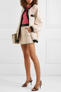 Gucci Fashion Show show trends activation Blazer En Tweed, Tweed Outfit, Stylish Outfits, Cool Outfits, Fashion Outfits, Womens Fashion, Girly Outfits, Fashion Clothes, Matthew Williamson