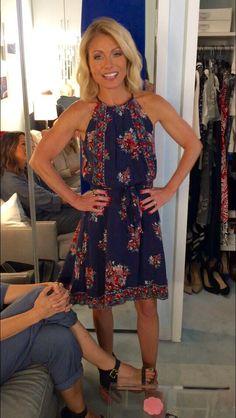 Kelly Ripa in a silk Valetta Joie dress from @neimanmarcus! Kelly's Fashion Finder