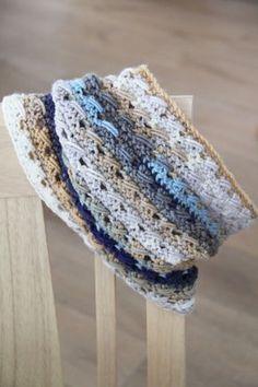 Háčkovaný nákrčník s lanovým vzorem / Crochet cowl