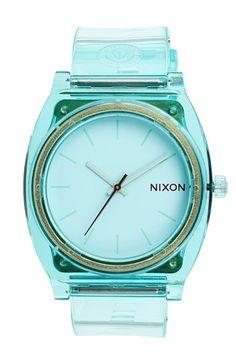 great summer time Nixon watch http://rstyle.me/n/n5tizr9te