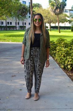 Check out how this trendy Fashionista transitions into her spring wardrobe on College Fashionista!