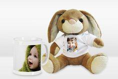 Plüsch-Hase und Tasse mit eigenem Foto im Osternest!