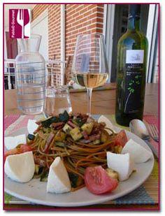Spaghetti con vegetales y Castillo Perelada Blanc de Blancs. De la web de PabloD Gourmet