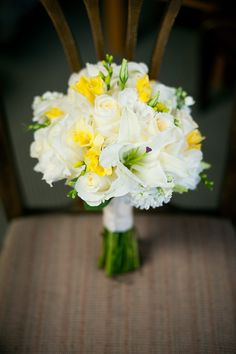 white + yellow bouquet - love it, but can't use freesia or lilies due to allergies :/