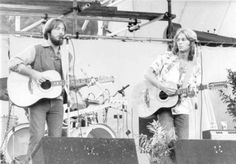 70s Artists, Ventura Highway, America Band, 70s Music, Kinds Of Music, Rock Bands, Singer, Concert, American