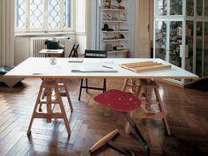 Zanotta Leonardo Desk http://www.nest.co.uk/browse/brand/zanotta/zanotta-leonardo-desk