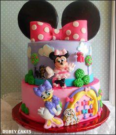 Minnie Bowtique Cake