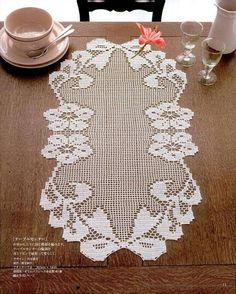 Kira scheme crochet: Scheme crochet no. Filet Crochet, Crochet Art, Thread Crochet, Love Crochet, Crochet Scarves, Crochet Motif, Crochet Designs, Crochet Table Runner, Crochet Tablecloth