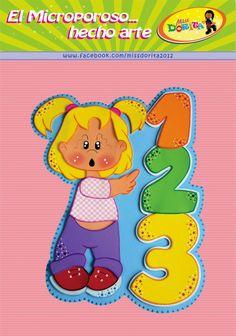 Miss Dorita: Molde Niña con Números                                                                                                                                                      Más Felt Crafts, Diy And Crafts, Felt Quiet Books, Toy Rooms, Punch Art, Doll Patterns, Art Dolls, Activities For Kids, Hello Kitty