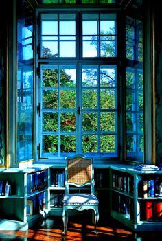 Max Reinhardt Library in Schloss Leopoldskron, Salzburg, Austria. Modelled after the St. Gallen's monastery library in Switzerland. Photo: Jorge Royan