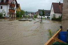 Kirchehrenbach, Leutenbacher Straße: Der Ehrenbach sucht sich ein neues Flussbett.