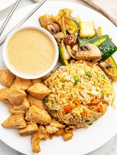 This recipe is a full hibachi chicken with fried rice, super tender chicken and sautéed veggies. Plus this hibachi recipe is served with a spicy mustard dipping sauce. Perfect for dinner, so delicious and you'll love! Healthy Chicken Recipes, Cooking Recipes, Healthy Food, Bourguignon Recipe, Mushroom Bourguignon, Hibachi Recipes, Roasted Mediterranean Vegetables, Hibachi Chicken, Crockpot Chicken And Dumplings