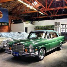#bmw classic cars vehicles #bmwvintagecars #bmwclassiccarsmercedesbenz Mercedes Benz, Bmw Classic Cars, Limousine, S Pic, Cars Motorcycles, Vintage Cars, Super Cars, Vehicles, Culture