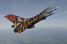As dez mais espetaculares pinturas do caça F-16