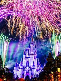 #DisneylandParis.