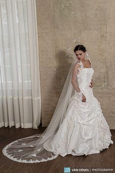 Gréta – hosszú csipkés fátyol. Bridal Mirage · Bridal Mirage - egyedi  esküvői kiegészítők 2014 9ba87d0b90