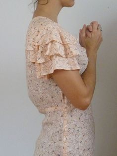 so feminine and pretty :) 50s Dresses, Vintage Dresses, Vintage Outfits, Vintage Lace, Silk Dress, Dress Skirt, Dress Up, Ruffle Dress, Ruffles