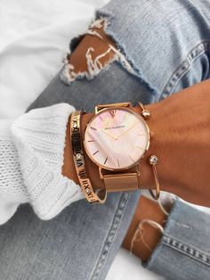 Hare Rose Gold WristWatches Pink Seashell Pearl Women Watches with Roman number Bangle & Crystal Cuff Bangles beach girls Mavis Hare Rose Gold WristWatches Pink Seashell Pearl Women Watches wi - sheheonline Cute Watches, Elegant Watches, Stylish Watches, Beautiful Watches, Girl Watches, Hand Accessories, Fashion Accessories, Pinterest Jewelry, Rose Gold Pink