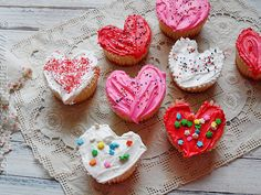 Valentine Heart-Shaped Cupcakes | 21 Valentine Cupcakes That Will Make Your Coworkers Love You