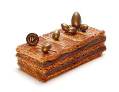 Mille-feuille pascal - Hugo & Victor French Chocolate, Chocolate Pastry, Chocolates, Napoleon Cake, Modern Cakes, Individual Cakes, Pastry Art, French Pastries, No Bake Treats