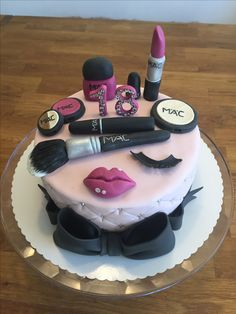 Fashion theme cake for girls birthday celebration with all the makeup essentials on top and the sides filled with black polka dots. celebration Fashion theme cake for girls Makeup Birthday Cakes, 13 Birthday Cake, Birthday Cake Decorating, Birthday Celebration, Girl Birthday, 16th Birthday Cake For Girls, Birthday Ideas, Birthday Month, Make Up Torte