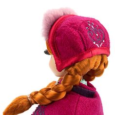 back of anna's hat