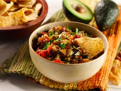 Recipes - Chunky grilled vegetable guacamole - Heart and Stroke Foundation of Canada