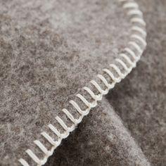 Couverture en laine écologique grise