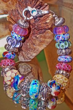 Sharing Trollbeads thoughts, collections, discussing new beads, ideas for future beads and a way to get together and chat. Pandora Beads, Pandora Bracelets, Pandora Jewelry, Heart Jewelry, Beaded Jewelry, Beaded Bracelets, Baubles And Beads, Lampwork Beads, Glass Beads