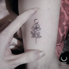 Floral micro-tattoo by Zihwa. Zihwa ReindeerInk flower floral subtle micro microtattoo tiny feminine mini southkorean