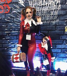 Mãe e filha Harley Quinn clássica :) #arlequina #harleyquinn #cosplay