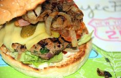 Hamburger Hotdogs, Burgers And More, Tasty, Yummy Food, Foods To Avoid, Junk Food, Salmon Burgers, Brunch, Food And Drink