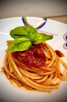 Italian Pasta Recipes Authentic, Italian Recipes, Ragu Recipe, Seafood Pasta, Red Sauce, Italian Cooking, Bolognese, Salsa Roja, Italian Cuisine