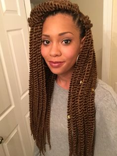 Crochet Senegalese twists. #protectivehairstyles #naturalhair #versatility