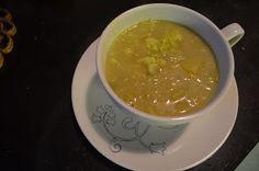 Beerenfrüchte: Wirsingkohl -Kokosmilch Suppe