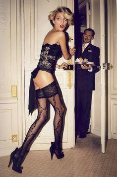 Anja Rubik for Vogue Paris!