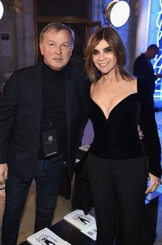 Carine Roitfeld Photos - US CEO at Philipp Plein Graziano de Boni and Carine Roitfeld attend the Front Row for the Philipp Plein Fall/Winter 2017/2018 Women's And Men's Fashion Show at The New York Public Library on February 13, 2017 in New York City. - Philipp Plein Fall/Winter 2017/2018 Women's And Men's Fashion Show - Front Row