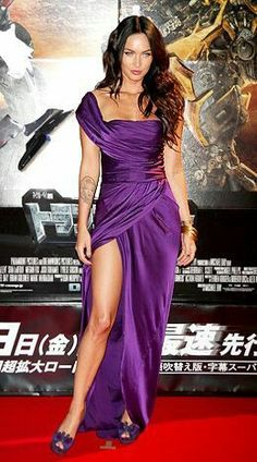 Celebrity Dresses Megan Fox Sexy Purple Evening Dress Premiere of Transformers 2 in Tokyo - TheCelebrityDresses Megan Fox Transformers, Megan Fox Sexy, Megan Denise Fox, Megan Fox 2009, Purple Evening Dress, Purple Dress, Evening Dresses, White Dress, Megan Fox Bikini