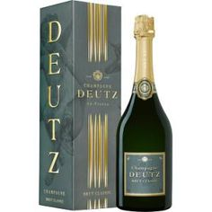 Vinatis has the widest selection of Brut Champagne! Choose Deutz Brut Classic, the champagne for connoisseurs! Trust us for UK champagne delivery! Champagne Deutz, Champagne Delivery, I Love Food, Wine Recipes, Sweet Home, Xmas, Packing, Bottle, Classic