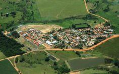 Borá é a menor cidade do Brasil Cidades Do Interior, Brazil, Golf Courses, Dolores Park, Brazil Cities, Travel Tips, Sao Paulo, Viajes, Men's