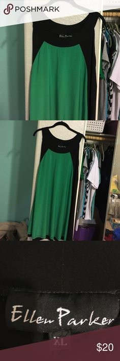 Green and black dress Goes about past the knee,worn twice Dresses