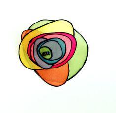 Broche de seda  Collar con flor de seda  Flor de seda  por gilbea, $22.00 Semporna, Painted Silk, Hand Painted, Silk Painting, Zentangle, Note Cards, Quilts, Etsy, Collar