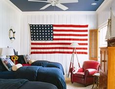 Happy Friday and the beginning of a Memorial Day weekend!  Love the classic summer decorating look of red, white and blue, especially with ...