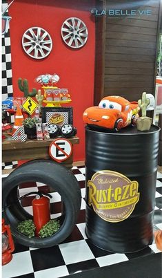 Race Car Birthday, Race Car Party, 1st Boy Birthday, Festa Monster Truck, Monster Truck Birthday, Disney Cars Party, Disney Cars Birthday, Car Themed Parties, Cars Birthday Parties