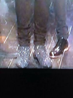 Harry's shoes on SNL...