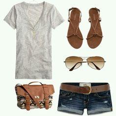 Look básico pra terrinha em dias quentes.