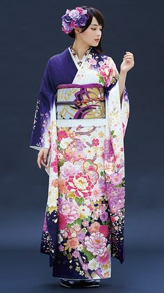This kimono looks very royal. Using a rich royal purple, complimented by pink flora. Japanese Outfits, Japanese Fashion, Japanese Girl, Japanese Geisha, Furisode Kimono, Kimono Dress, Traditional Japanese Kimono, Traditional Dresses, Kimono Tradicional