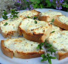 Crostini Al Mascarpone Recipe - Genius Kitchen Recipes With Mascarpone Cheese, Cheese Recipes, Appetizer Recipes, Appetizers, Marscapone Cheese, My Favorite Food, Favorite Recipes, Steak Bites, Salty Snacks